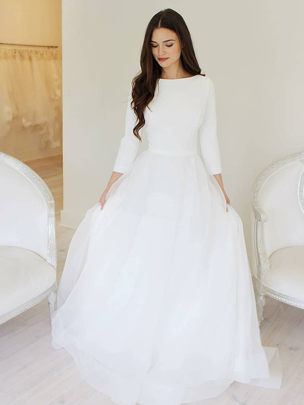 A-Line/Princess Tulle Ruffles Scoop Long Sleeves Floor-Length Wedding Dresses